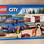 City 60117 Van Caravan  露營車