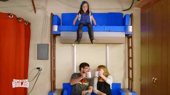手工重現《樂高兩層式沙發》充滿粉絲浪漫的夢想實現 - 圖片9