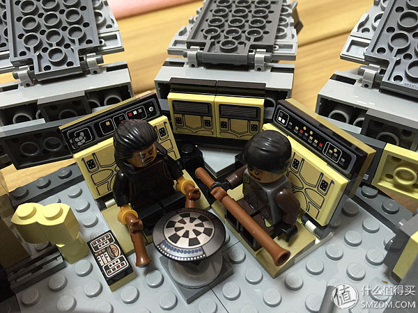 LEGO 樂高 Starwars 星球大戰 75105 原力覺醒 千年隼2015